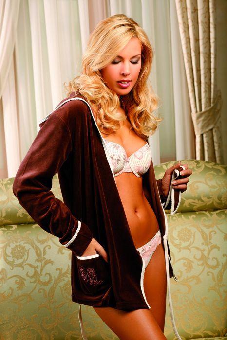 Spodní prádlo Lisca splní všechna vaše přání — LUXURYMAG b49e312e27