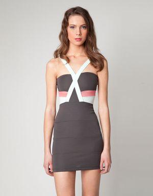Šaty jaro léto 2012   Vyberte si ty pravé! — LUXURYMAG 45386aff806