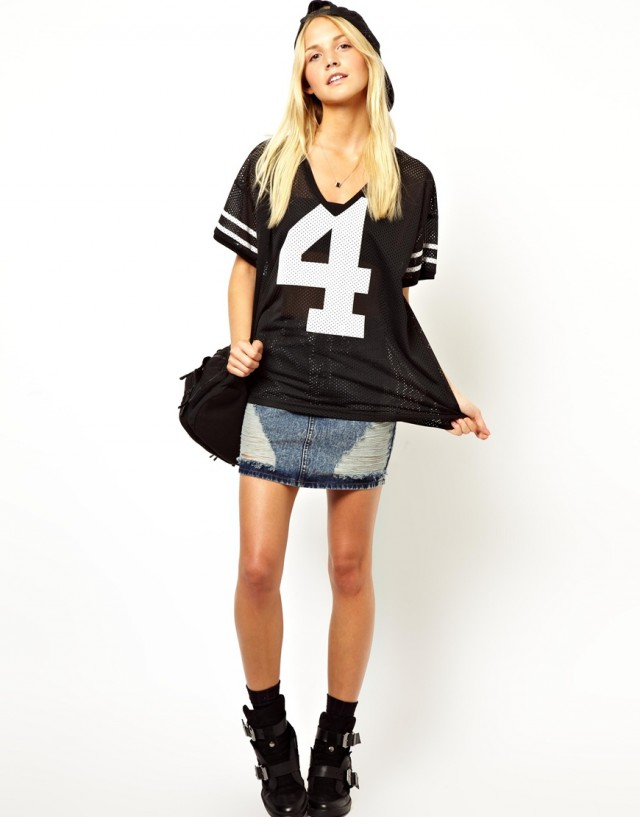 T-shirts à la jersey and not only with numbers (http://www.luxurymag.cz)