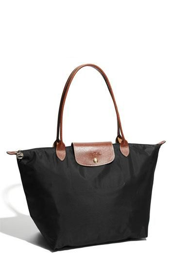 Iconic handbags that ruled the world!  (http://www.luxurymag.cz)