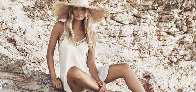 Slevy začaly! Ulovte si ty nejlepší letní šaty co nejdříve! — LUXURYMAG 8e226c65b1