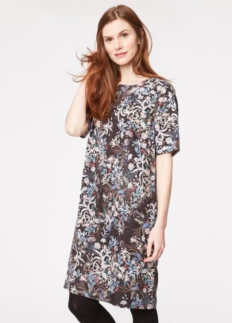 Slevománie pokračuje  krásné levné šaty a sukně — LUXURYMAG a6cbb6e175