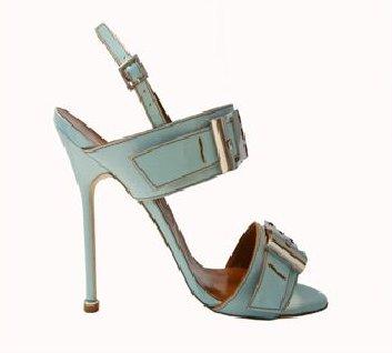 Je krásné býti ženou v botách od Manola! - profil Manolo Blahnik (www.luxurymag.cz)