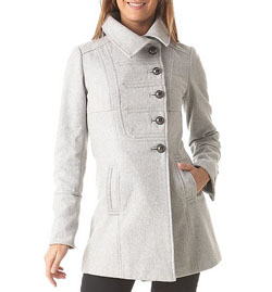 Dámské zimní kabáty Orsay, Mango, Promod a H&M (www.luxurymag.cz)