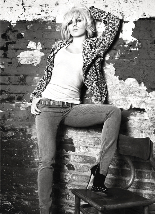 Scarlett Johansson novou tváří Manga! (www.luxurymag.cz)