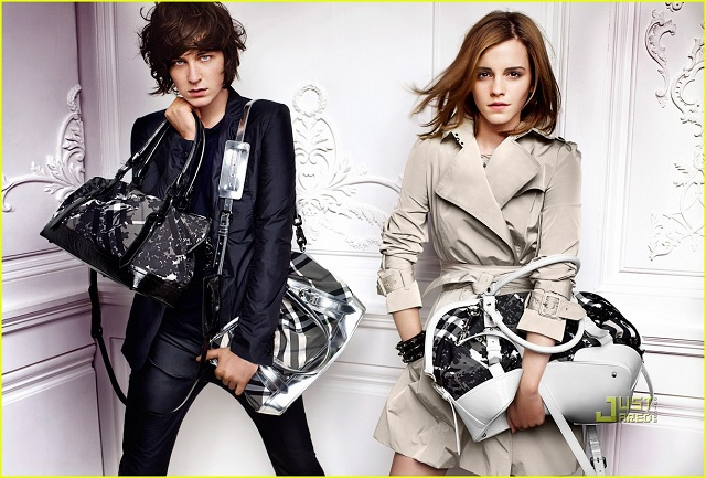 Emma Watson, křehká kráska tváří Burberry (www.luxurymag.cz)